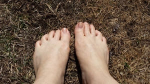 The earth is warm and toes need polish!